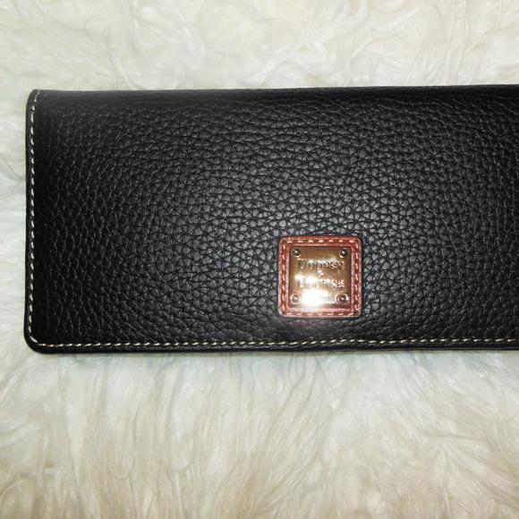 Dooney & Bourke Handbags - Dooney & Bourke Long Slim Card Wallet Black /Brown